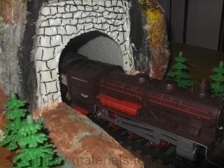 туннель для детской железной дороги своими руками