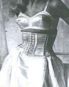 istoriya-korseta-15