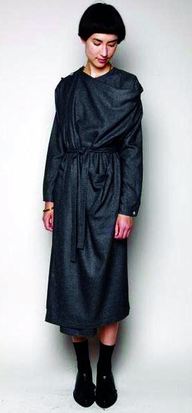 Концептуальное платье-балахон