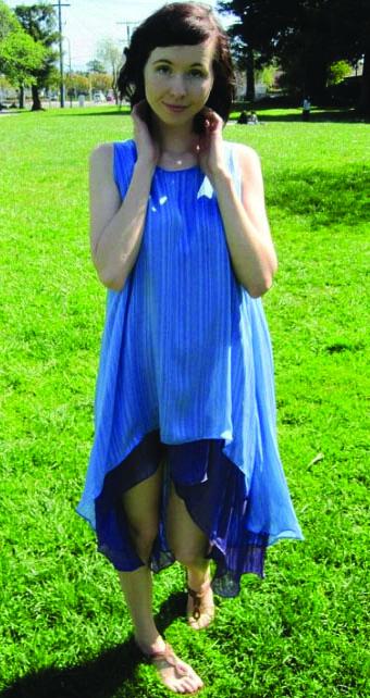 Романтичное двустороннее платье с асимметричным подолом
