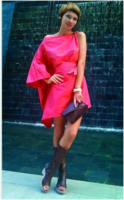 Асимметричное платье в восточном стиле
