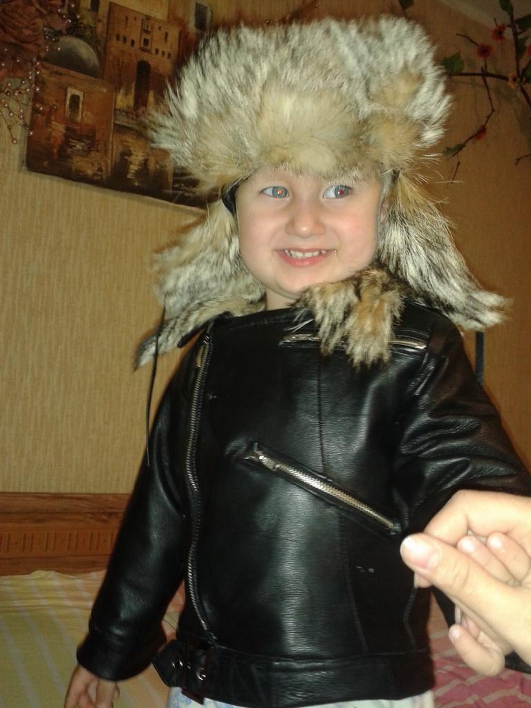куртка и шапка в комплекте