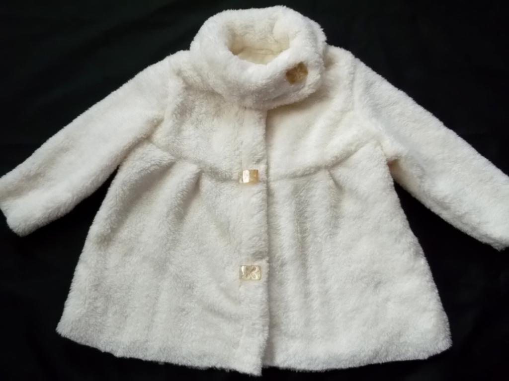 Пальто для маленькой девочки