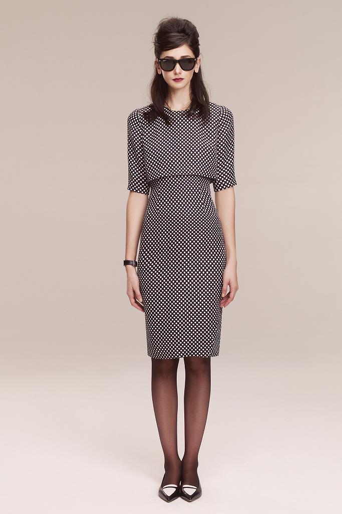 Моделирование платья с визуально отлетной верхней частью