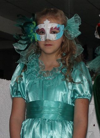 Маска для платья «Загадочная принцесса» (продолжение)