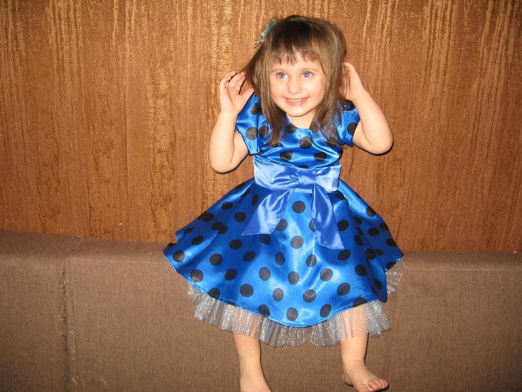 Платье на девочку с рукавами фонарики своими руками