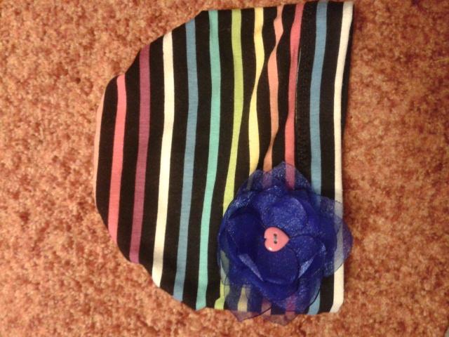 шапочка с цветочком