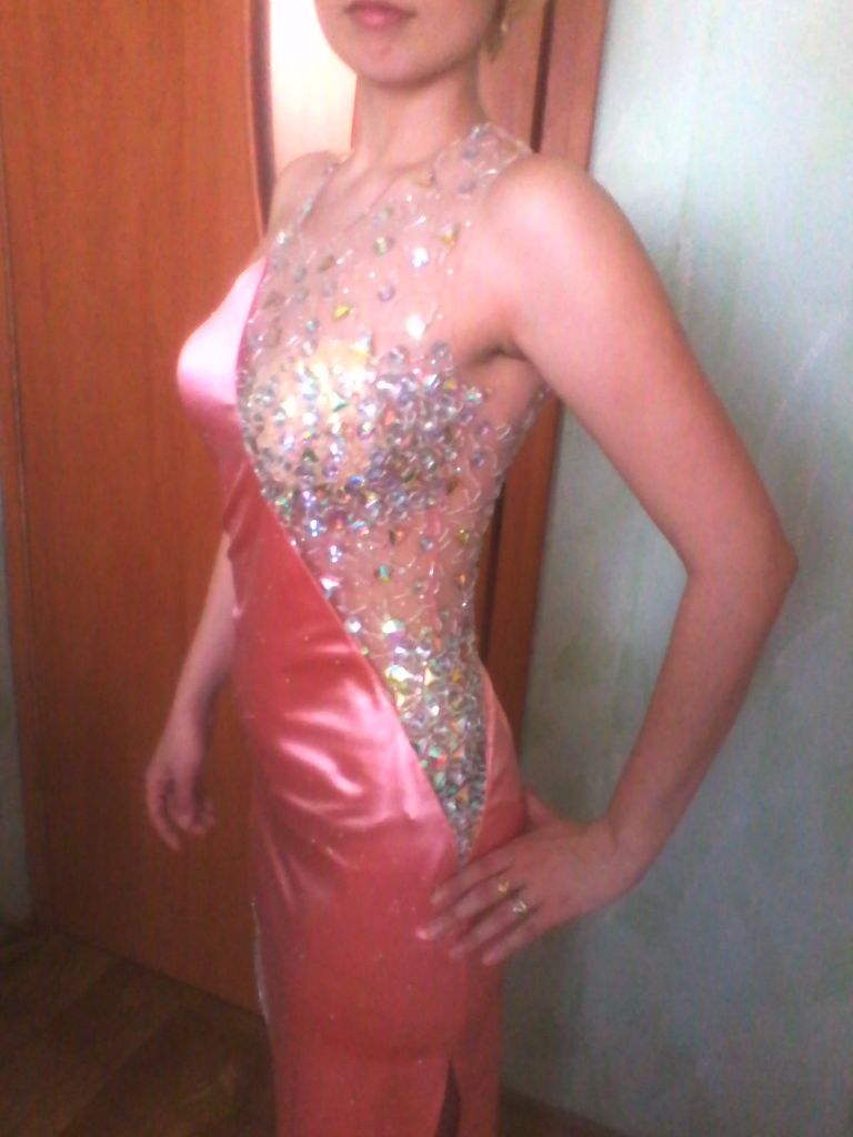 Вечернее контрастное платье 3