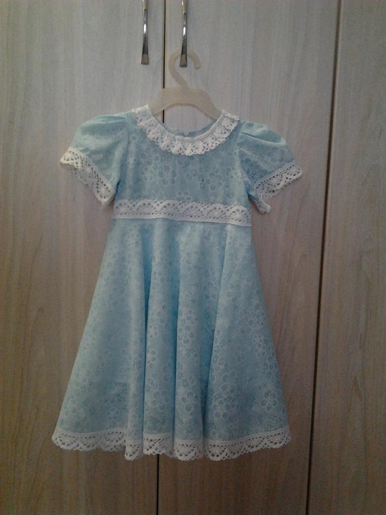 Платье к утреннику 8 марта (поторопилась, но очень хотелось сшить!)