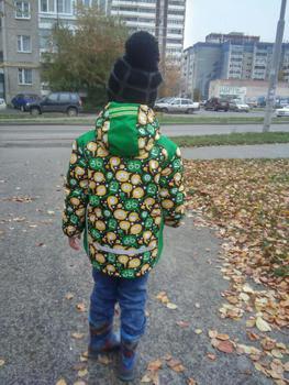 Курточка р-р 116