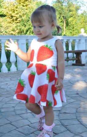 Платье-ягодка