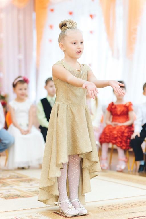 Платье к 8 марта